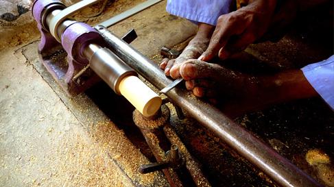 budhni-lacquer-work-process