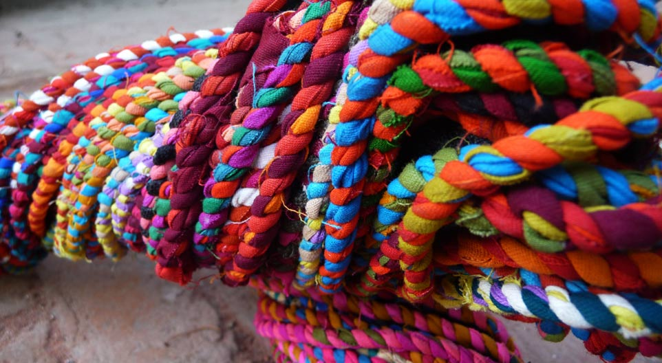 Making rope by waste gaatha handicrafts for Waste material handicraft