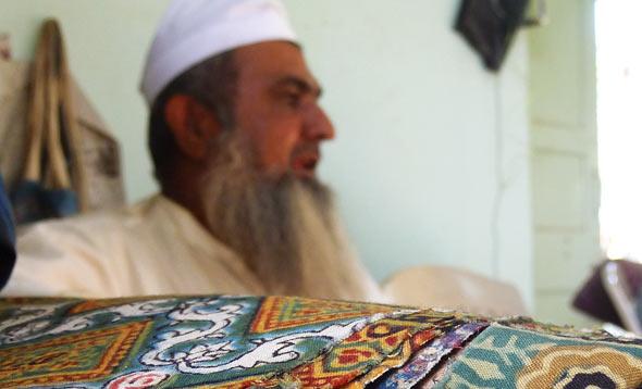 Master-craftsman-Dr Ismail Khatri