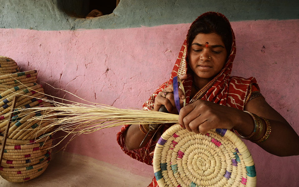 Handicraft Basketry : Ranidongri basket weavers gaatha handicrafts