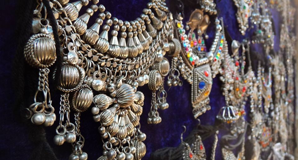 White metal jewelry, Kutch, Gujarat | Gaatha . गाथा ~ handicrafts
