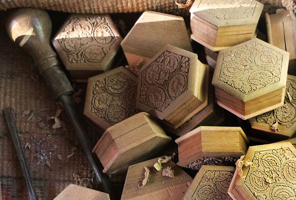 walnut-wood-box-before-polish