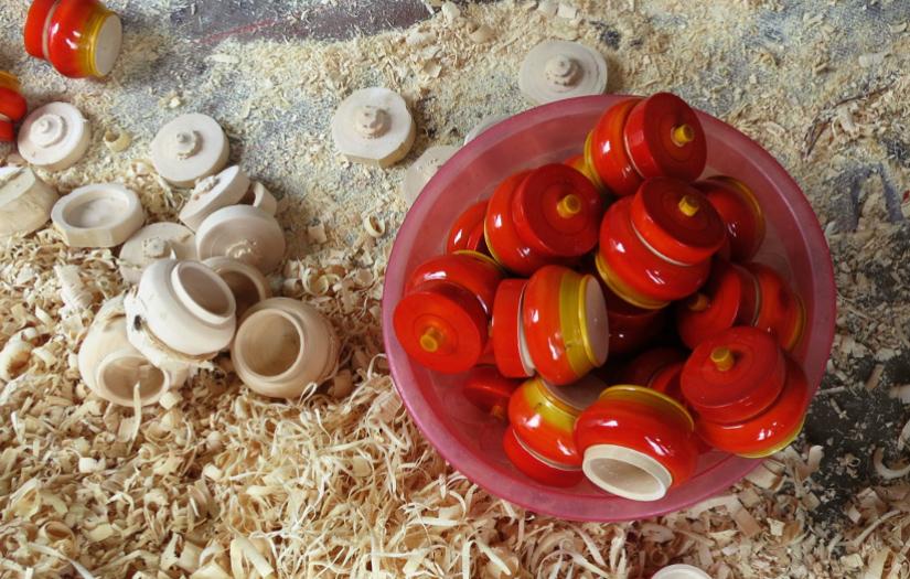 Etikoppaka toys making process