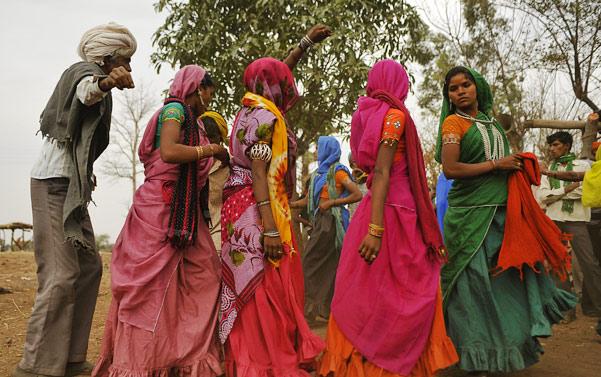 Bhil of jhabua dancing