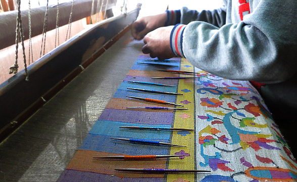 KAni-weaving-process-kashmir