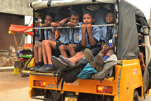 andhra-kids-going-school