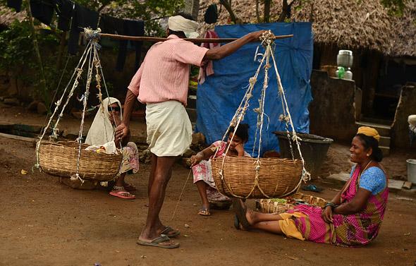 andhra-village-people-singing