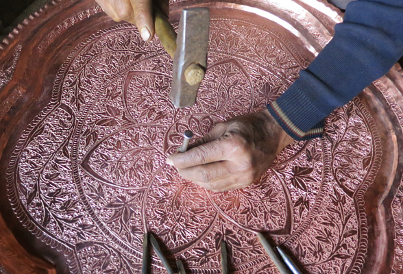 carving-on-copper-plate-kashmir