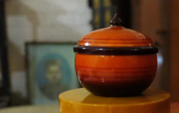 etikopakka-colourfull-jar