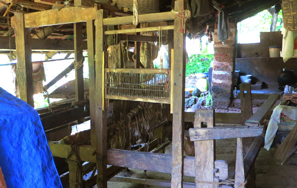kunbi-weaving-loom