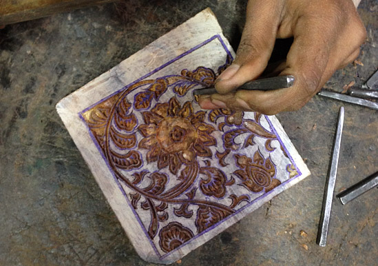 wood-block-carving